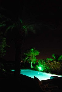 pool by night (Schwimmen)